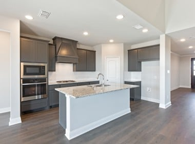 3205 Woodland - Kitchen
