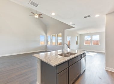 3205 Woodland - Kitchen (4)