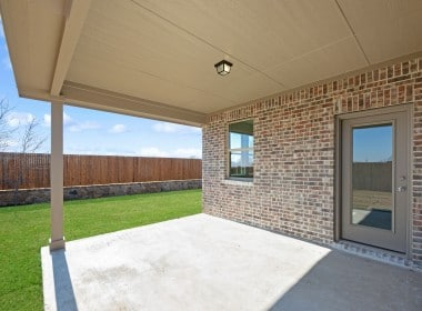 3205 Woodland - Patio